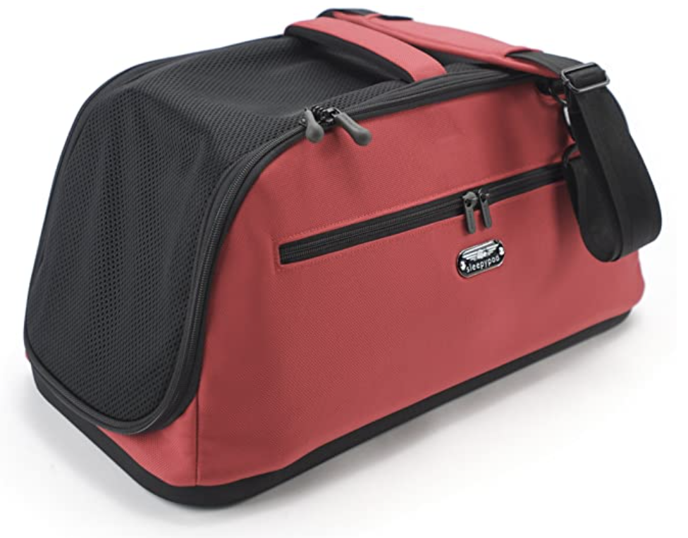 Sleepypod Air carrier in red