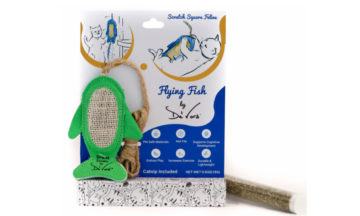 Flying Fish Scratch Square toy from De' Vora